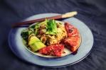 Gochujang Tofu mit Reisnudeln