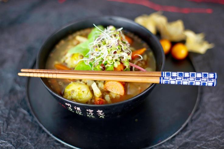 vegan-lentil-soup-linsensuppe-foodfotografie-food-foto-tutorial