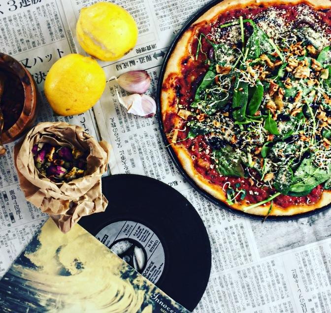 Vegane Pizza selbst gebacken!