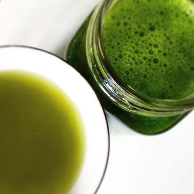 Mit Greens gegen Blues! Warum grüne Säfte wahre Energie-Booster sind!