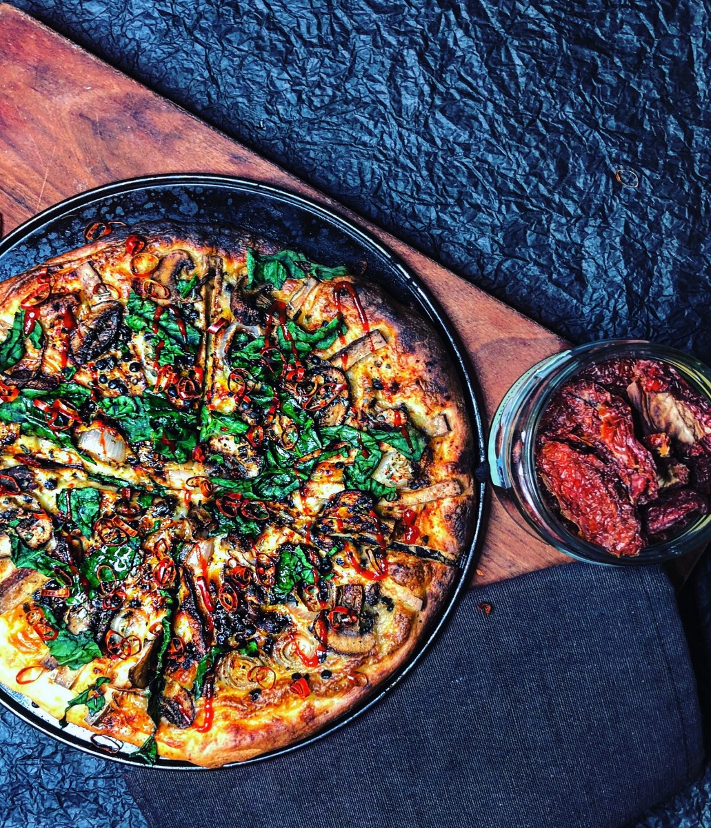 Veganen Pizza-Käse selber machen | Die ultimative Käse-Pizza!