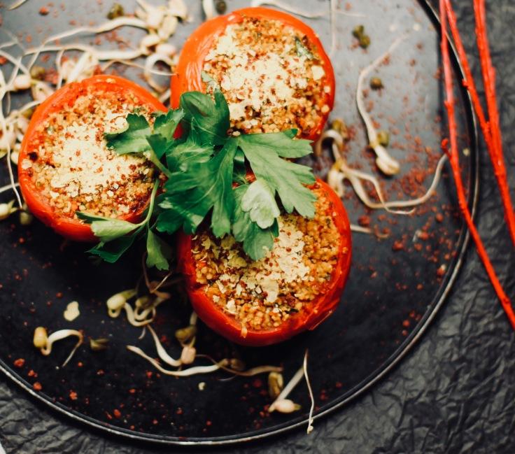 vegan gefülle tomaten rezept bulgur tabouleh