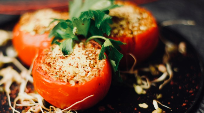 Left-Over Inspiration: Gefüllte Tomaten aus dem Backofen!